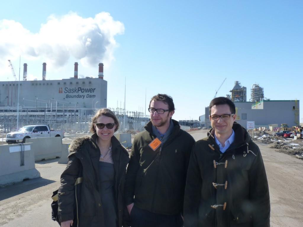 Representatives fro bellona EU in front of the Sask Power CCS facility