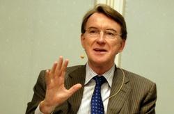 bodytextimage_P-Mandelson_tettere-paa_18-sept-08_AKS.jpg