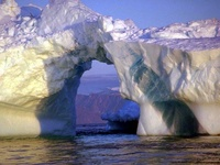 frontpageingressimage_stately-arctic-ices.jpg