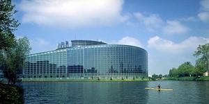 Topic_Ingressimage_Europaparlamentet Med Vann Offentlig Bilde.Jpg