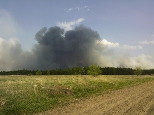 Plume of smoke from Russian forest fire in May 2010, near the city of Yuzha. (Ingress image)