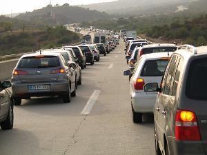 Biler bidrar til en stor del av klimagassutslippene (Ingress image)