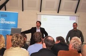 Paal Frisvold og Aage Stangeland fra Bellona på dagens seminar (Ingress image)