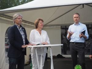 Hallstein Havåg i debatt med blant andre Elvestuen (V) og Borgen (SV) under Miljøbildagen taxi 2015
