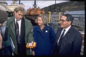 Bellona-leder Frederic Hauge, (daværende Høyre-leder) Kaci Kullmann Five og (daværende EU-kommissær for miljøspørsmål) Ioannis Paleokrassas, i Murmansk i 1994