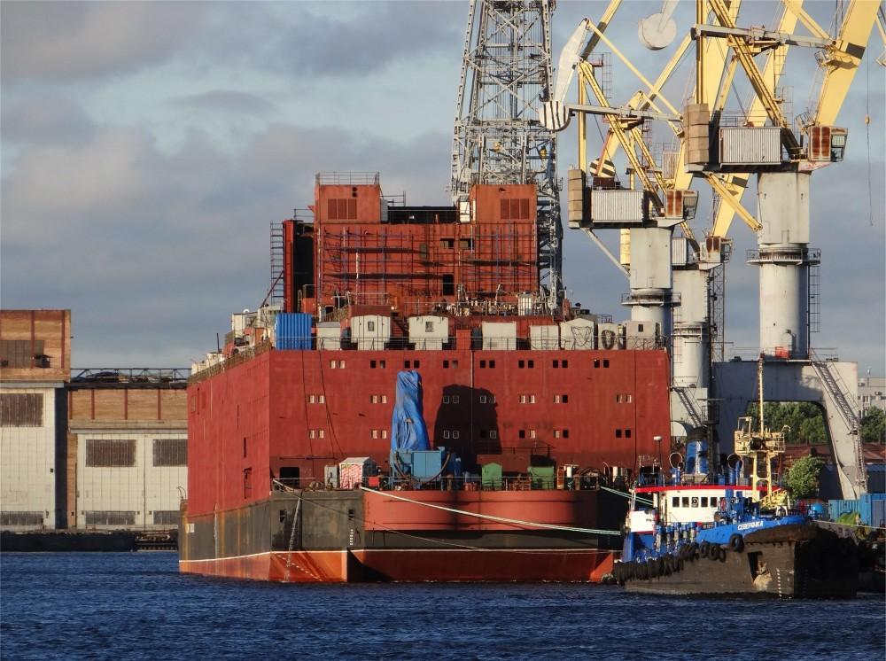 Akademik Lomonosov flytende atomkraftverk bygges i St. Petersburg
