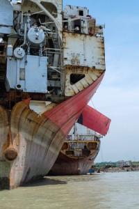 Hekk på skip under opphogging Bangladesh 2014