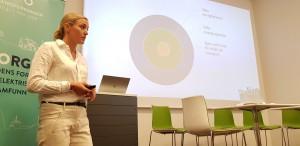 Rådgiver energi og transport Christina Ianssen om elekrifiseringen av Norge.