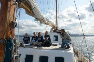 Behind the scenes med Johannes, Pernille, Julie, Ida og Tina.