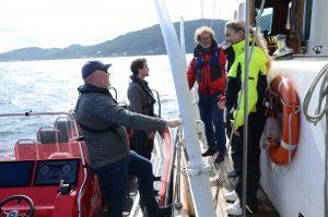 Pernille Juvodden og Frederic Hauge tester Norges største elektriske rib