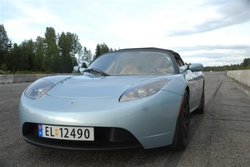 Tesla Roadster Sport (Bodytext image)