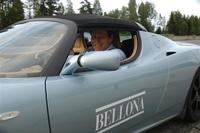Stolt eier av Nordens første Tesla Roadster Sport