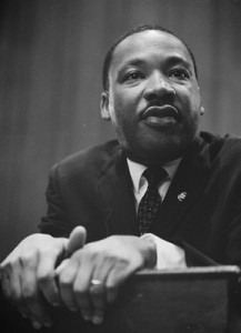 frontpageingressimage_434px-Martin-Luther-King-1964-leaning-on-a-lectern.jpg