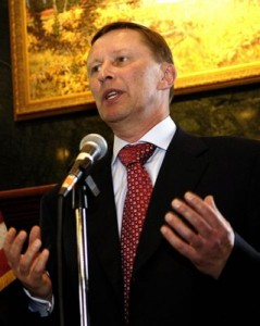 frontpageingressimage_479px-Sergei_Ivanov_holding_a_press_conference_in_Fairbanks_Aug._27_2006.jpg