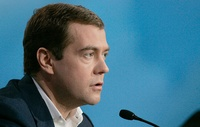 frontpageingressimage_800px-Dmitry_Medvedev_official_large_photo_-8_brightly.jpg