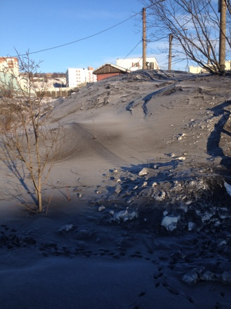 coal-dust-on-Murmansk-Streets