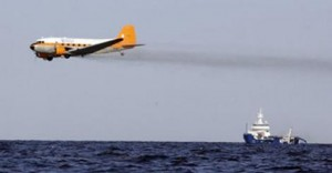 Corexit being dumped in the Gulf of Mexico by plane. (Photo: Mobile Environmental Justice Action Coalition)