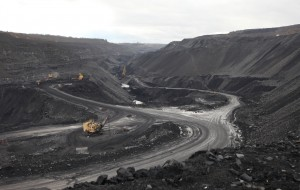 The Chernigovsky open pit coal mine near Kemerovo in the Kuzbass Region. (Photo: Yelena Chenokova/RIA Novosti)