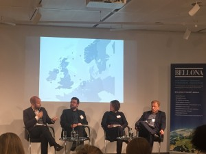 Jonas Helseth, Director of Bellona Europa, moderating the panel