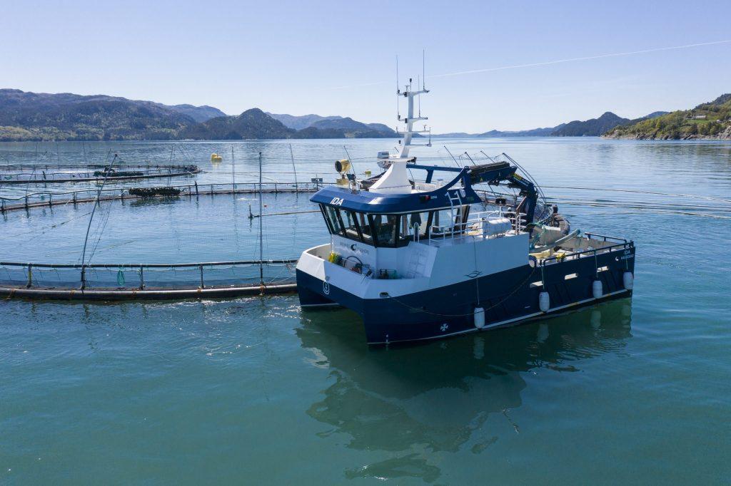 bremnes seashore electric catamaran