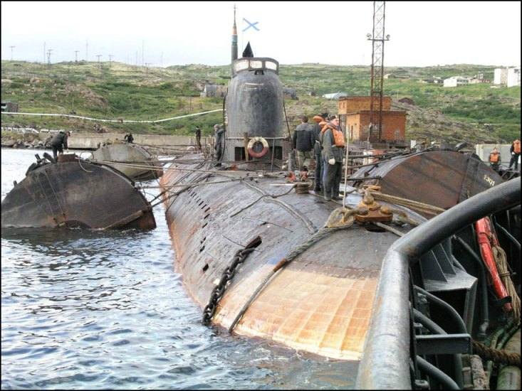 Murmansk Conference Concludes Sunken Russian Subs Must