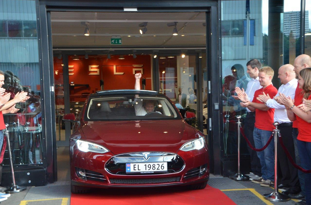 15fcb620b8 Norway makes history in electric car sales