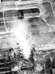 bodytextimage_Chernobyl_burning-aerial_view_of_core_Wiki.jpg