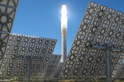bodytextimage_gemasolar-plant-july2011-1b.JPG