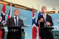 Medvedev and Stoltenberg (Frontpage ingress image)