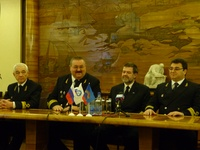 """Пресс-конференция на ледоколе """"Ленин"""""""