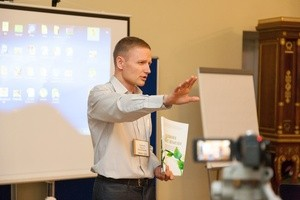 Toropov at conference 2014 (Ingress image)