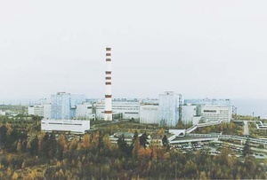 В Сосновом Бору заработали градирни ЛАЭС-2 | 203x300