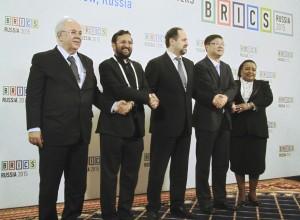 Участники встречи министров окружающей среды стран БРИКС, Москва, 22 апреля 2015 г.