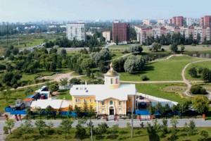 Парк Малиновка (Петербург). Рядом с этим храмом хотели построить еще один – в несколько раз больше.