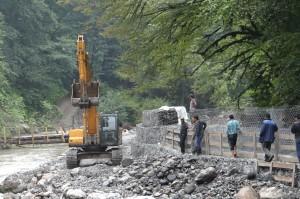 На строительстве южной дороги от Сочи к курорту «Лунная Поляна».