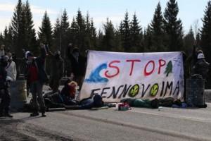 Дорога, ведущая к месту строительства АЭС «Ханхикиви» заблокирована.