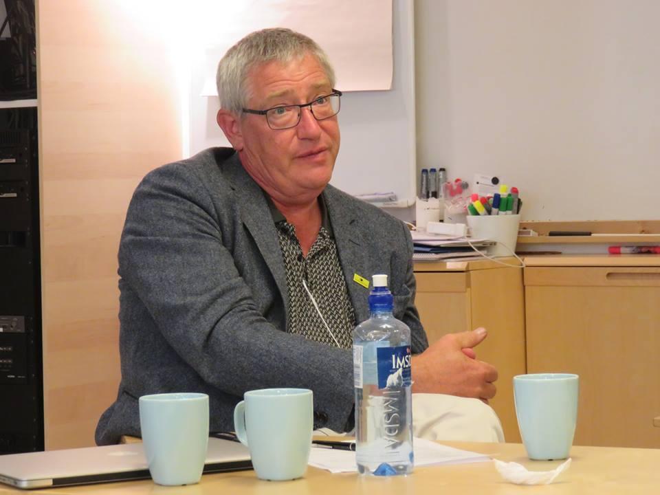 Йохан Сван, директор Шведского офиса НПО по вопросам ядерных отходов (MKG) на встрече с участниками проекта «Беллоны». Фото: Александр Колотов