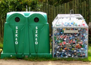 Glass_and_plastic_recycling_065_ubt
