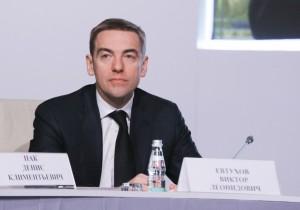 Статс-секретарь – заместитель министра промышленности и торговли Виктор Евтухов.