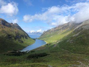 Lofoten_mountain