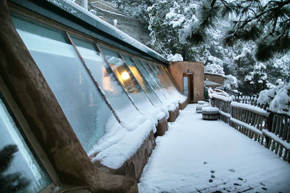 Biotecture Earthship snow