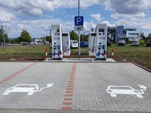 Electric_vehicle_charging_station_Thörey_2